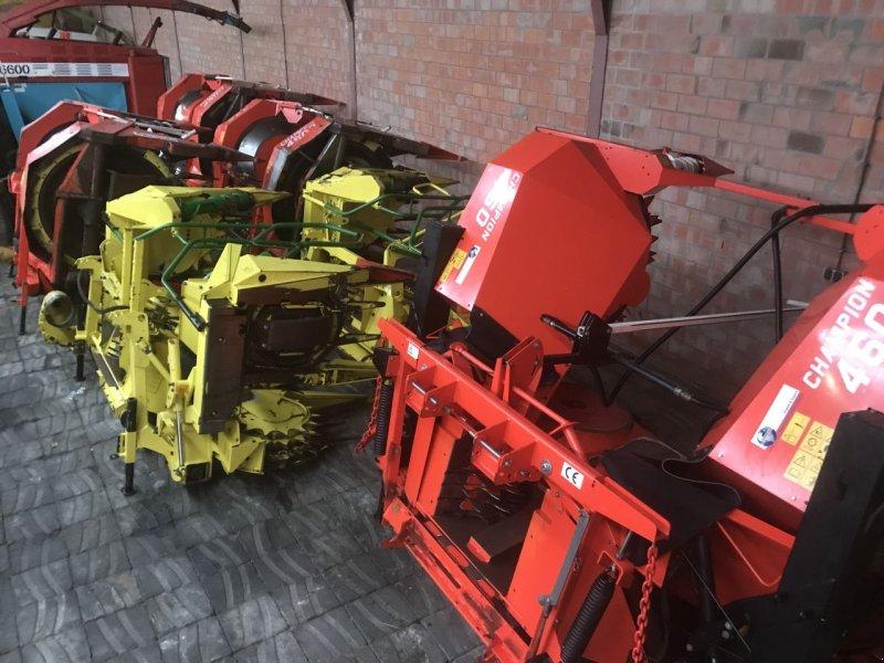 Feldhäcksler des Typs Sonstige Claas John Deere New Holland Gebruikte hakselaar's, Gebrauchtmaschine in Vriezenveen (Bild 9)