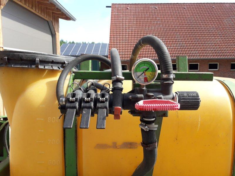 Feldspritze типа Amazone Feldspritze 900l, Gebrauchtmaschine в Spahnharrenstäte (Фотография 1)