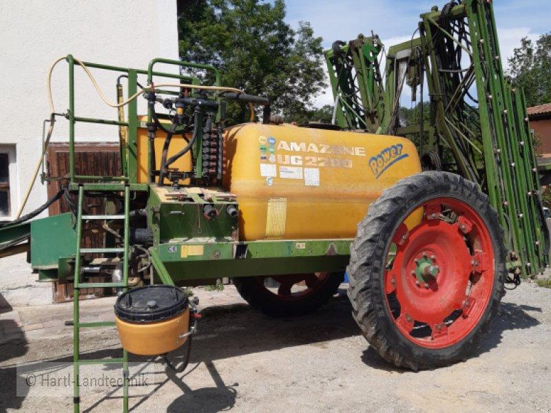 Feldspritze tip Amazone UG 2200, Gebrauchtmaschine in Ortenburg (Poză 1)