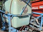 Feldspritze des Typs Berthoud 800l 12m en Savigny sur Braye