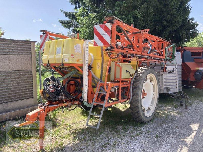 Feldspritze des Typs Douven 24m, Gebrauchtmaschine in Grafenstein (Bild 1)