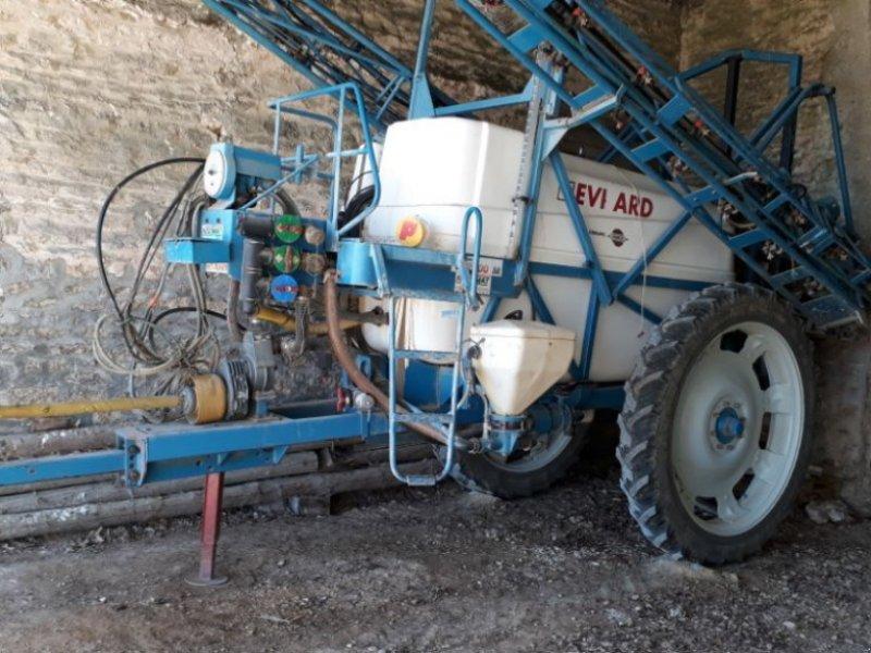 Feldspritze tip Evrard TA, Gebrauchtmaschine in CHAUMONT (Poză 1)