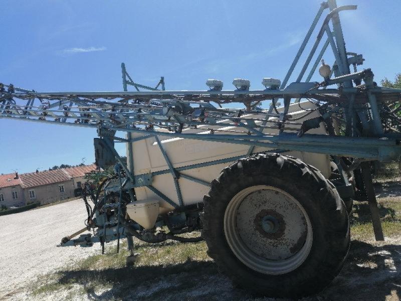 Feldspritze a típus Evrard TE 3300, Gebrauchtmaschine ekkor: Chauvoncourt (Kép 1)