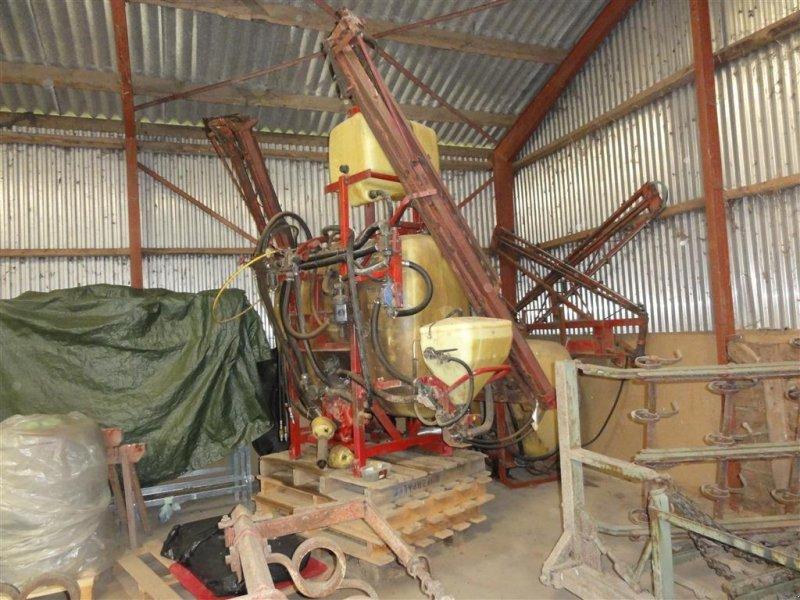 Feldspritze des Typs Hardi 1000 liter 12 meter 1301 pumpe Lovlig udstyr, Gebrauchtmaschine in Ørsted (Bild 2)