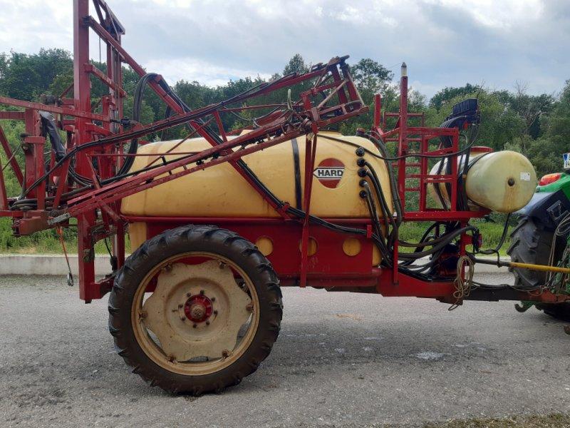 Feldspritze des Typs Hardi TZY 2400, Gebrauchtmaschine in Deutsch Haslau (Bild 2)
