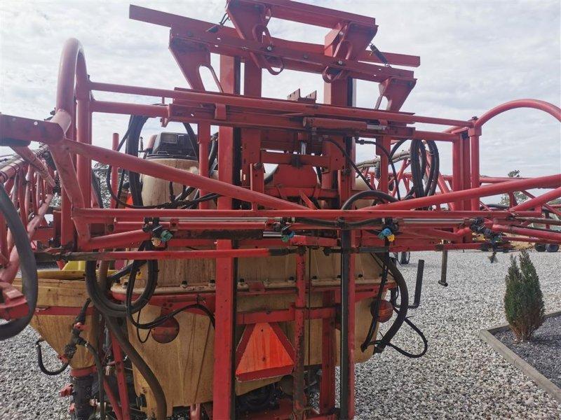 Feldspritze типа Vicon 1000 Liters 18 meter, Gebrauchtmaschine в Thorsø (Фотография 4)