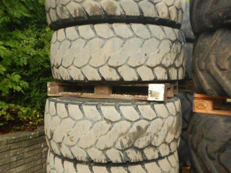 Felge des Typs Bridgestone 20.5R25 D184, Gebrauchtmaschine in Aabenraa (Bild 1)