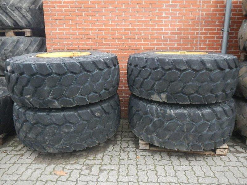 Felge des Typs Bridgestone 23.5R25 D192, Gebrauchtmaschine in Aabenraa (Bild 1)
