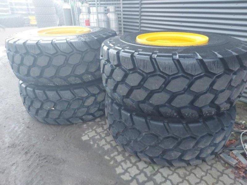 Felge des Typs Bridgestone 23.5R25 VTJ komplette hjul til Volvo, Gebrauchtmaschine in Rødding (Bild 1)