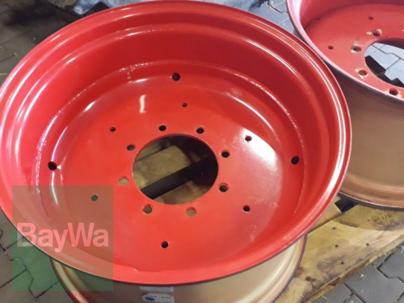Felge des Typs Fendt W 16x28 passend für 540/65 R28 für Fendt 500 Vario, Gebrauchtmaschine in Ermetzhofen (Bild 1)