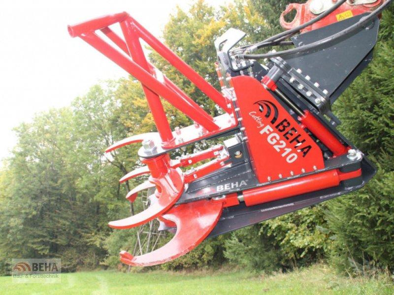 Forstgreifer und Zange des Typs BEHA FG 210, Neumaschine in Steinach (Bild 1)