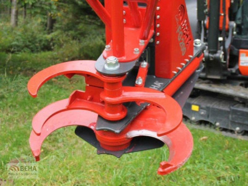 Forstgreifer und Zange des Typs BEHA FG 310, Neumaschine in Steinach (Bild 1)