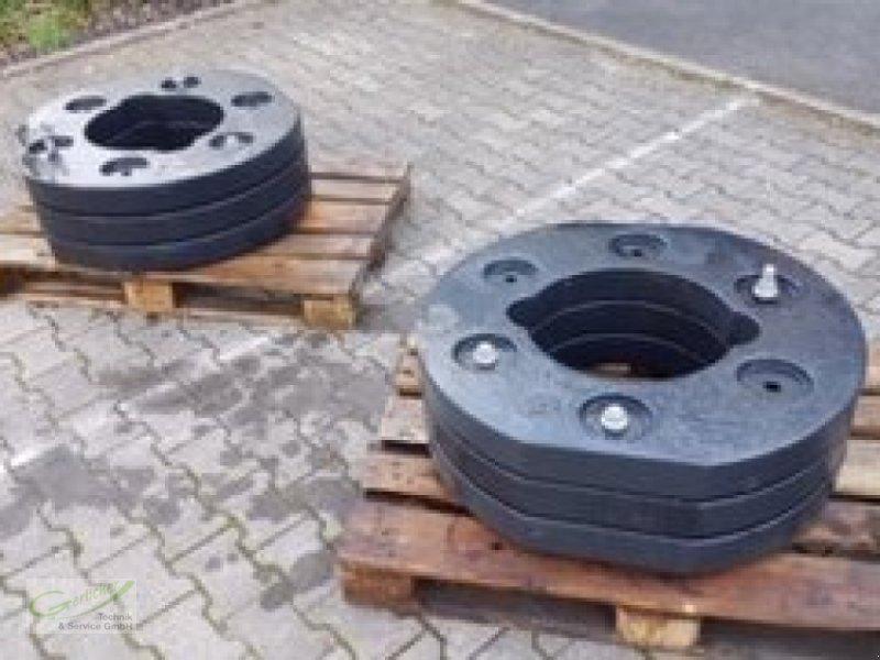 Frontgewicht des Typs Deutz-Fahr Radgewichte 0.018.7584.0/20, Neumaschine in Neustadt (Bild 2)
