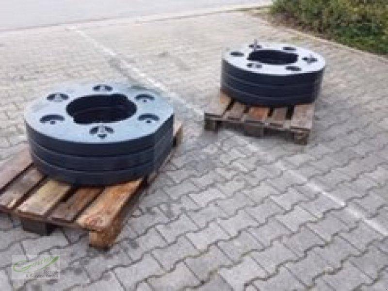 Frontgewicht des Typs Deutz-Fahr Radgewichte 0.018.7584.0/20, Neumaschine in Neustadt (Bild 4)