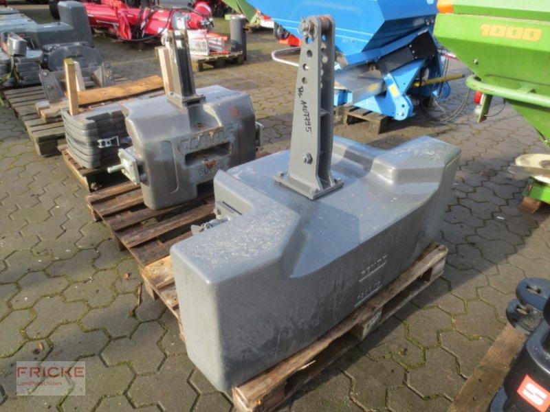 Frontgewicht des Typs Fendt 1800 KG, Gebrauchtmaschine in Bockel - Gyhum (Bild 1)