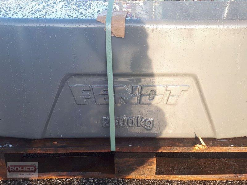 Frontgewicht des Typs Fendt Gusseisengewichte 2500kg, Neumaschine in Wieselburg Land (Bild 1)