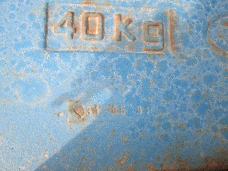 Frontgewicht des Typs Ford Einhängegewichte 8 x 40 KG, Gebrauchtmaschine in Wülfershausen an der Saale (Bild 5)