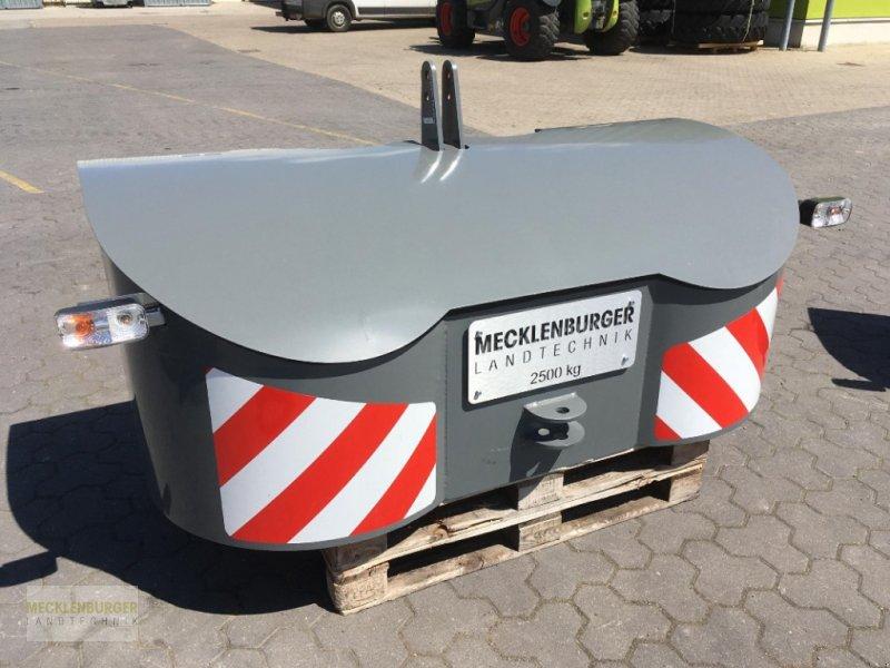 Frontgewicht типа Kaber Frontgewicht 2500 kg, Neumaschine в Gülzow-Prüzen OT Mühlengeez (Фотография 1)