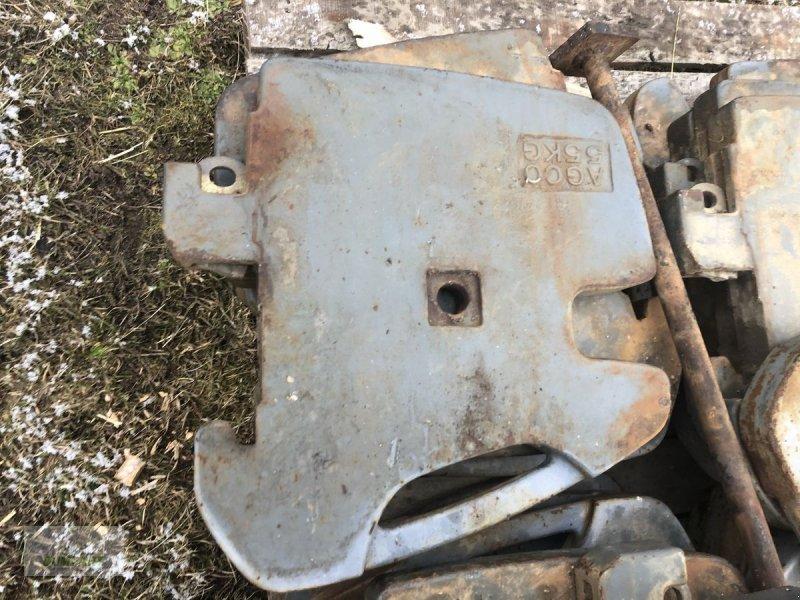Frontgewicht des Typs Massey Ferguson Einhängegewichte, Gebrauchtmaschine in Bad Leonfelden (Bild 1)