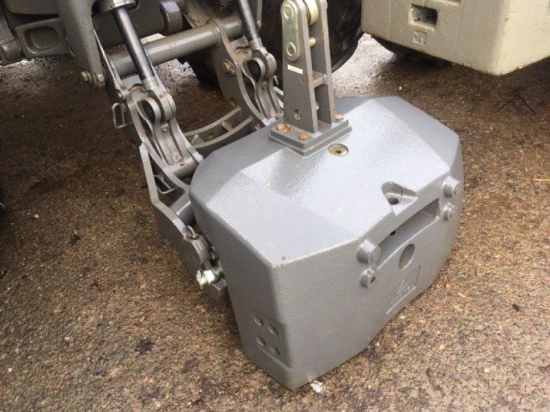 Frontgewicht a típus Massey Ferguson Monobloc, Neumaschine ekkor: Grantham (Kép 1)