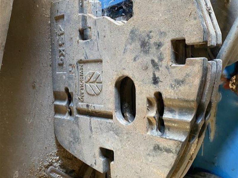 Frontgewicht tipa New Holland 45 kg og 110 kg, Gebrauchtmaschine u Vejle (Slika 1)