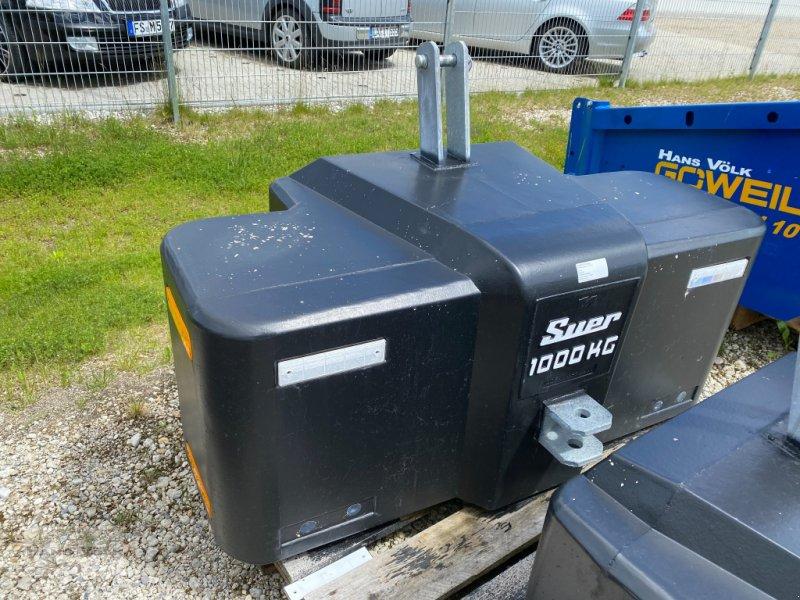 Frontgewicht des Typs Suer 1000kg, Neumaschine in Eching (Bild 1)