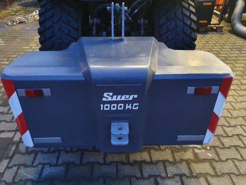Frontgewicht типа Suer Betongewicht 1000 kg, Gebrauchtmaschine в Olpe (Фотография 1)