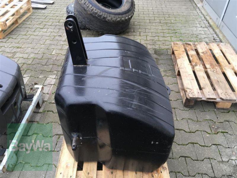 Frontgewicht des Typs Suer SB 900, Gebrauchtmaschine in Landshut (Bild 2)