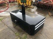 Frontgewicht typu Valtra 1200 kgs, Gebrauchtmaschine w Lunteren