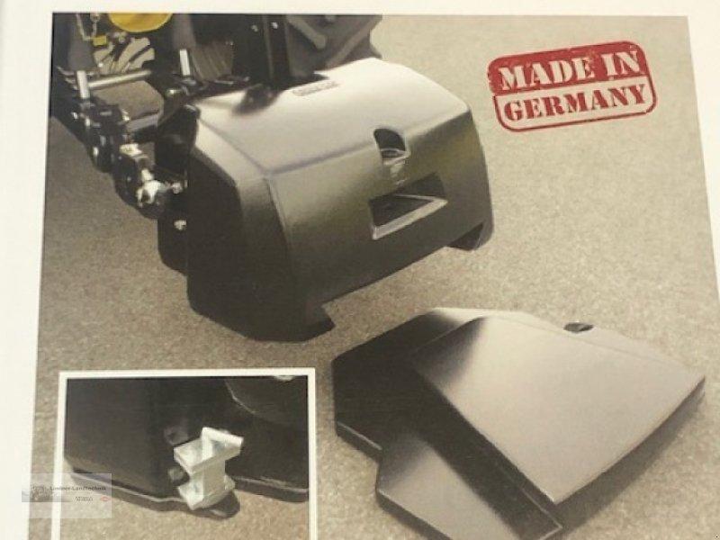 Frontgewicht des Typs Valtra Frontgewicht, Neumaschine in Weiden/Theisseil (Bild 1)