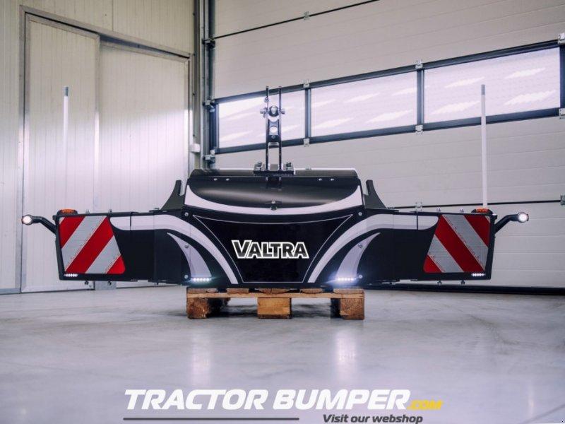 Frontgewicht типа Valtra TractorBumper Unterfahrschutz, Neumaschine в Alphen (Фотография 1)