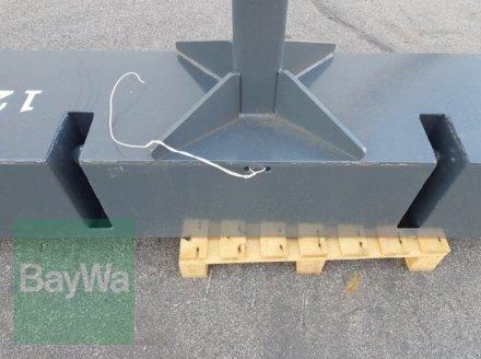 Frontgewicht des Typs Wanner 1200 kg, Gebrauchtmaschine in Bamberg (Bild 2)