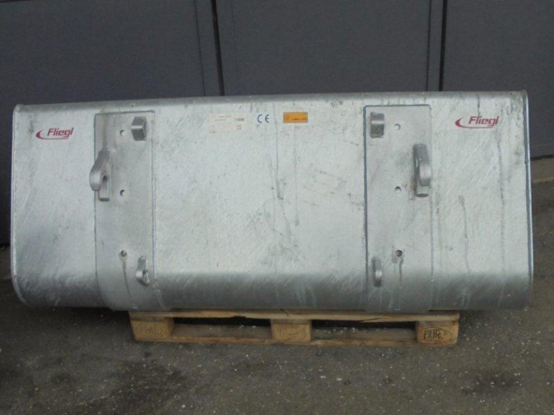Fronthydraulik & Zapfwelle типа Fliegl 1.8m, Vorführmaschine в Treyvaux (Фотография 1)