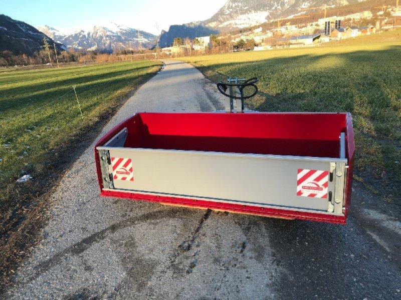 Fronthydraulik & Zapfwelle типа Rosensteiner Aikido 200D Hochkippschaufel, Gebrauchtmaschine в Chur (Фотография 1)