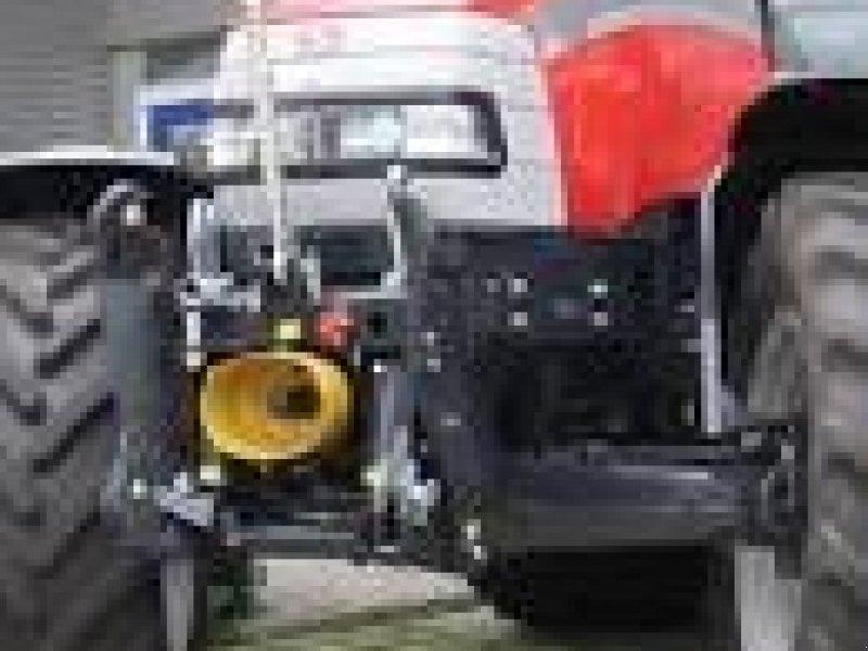 Fronthydraulik des Typs Göppel McCormick, Gebrauchtmaschine in Assens (Bild 1)
