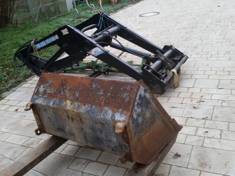 Frontlader typu Alö-Quicke Quicke 2300 System E mit Schaufel und Anbaukonsolen für Fendt Serie 200, Gebrauchtmaschine v Reuth (Obrázok 1)