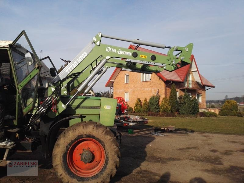 Frontlader типа Metal Technik Frontlader für FENDT 311 Farmer / Ładowacz czołowy do FENDT 311 Farmer, Neumaschine в Jedwabne (Фотография 1)