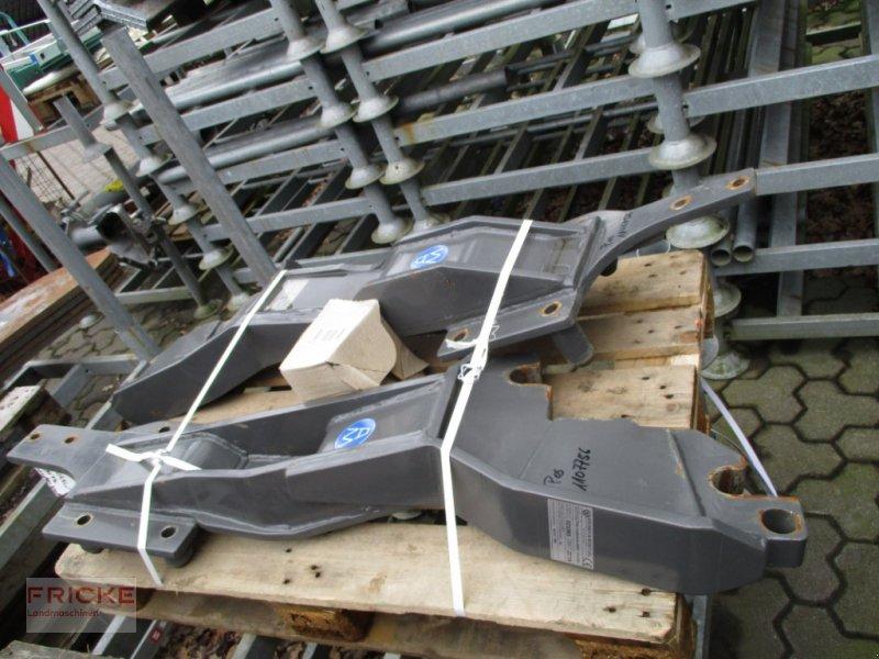 Frontladeranbaukonsole типа Argnani & Monti FRONTLADERANBAUKONSOLEN FÜR 700ER FENDT, Gebrauchtmaschine в Bockel - Gyhum (Фотография 1)