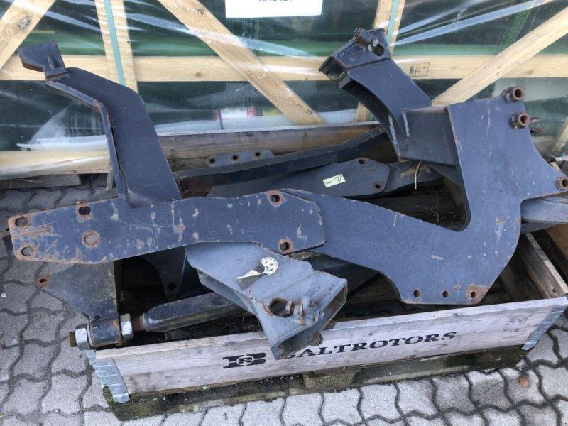 Frontladeranbaukonsole типа Hauer John Deere 5415, Gebrauchtmaschine в Villach (Фотография 1)
