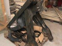 Mailleux Massey Ferguson 5445 Frontladeranbaukonsole