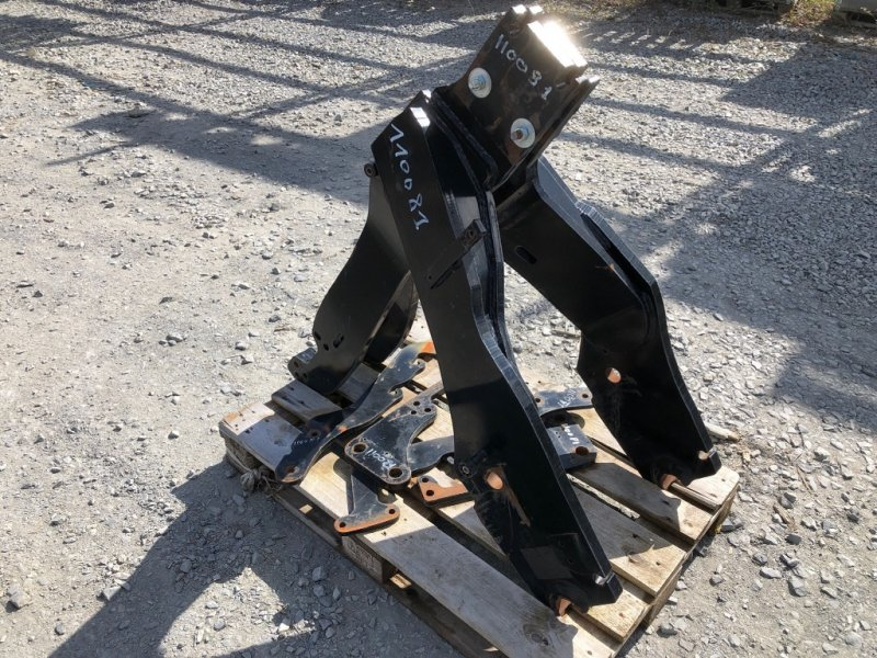Frontladeranbaukonsole типа Quicke Deutz agrotron 6150.4, Gebrauchtmaschine в SAINT CLAIR SUR ELLE (Фотография 1)