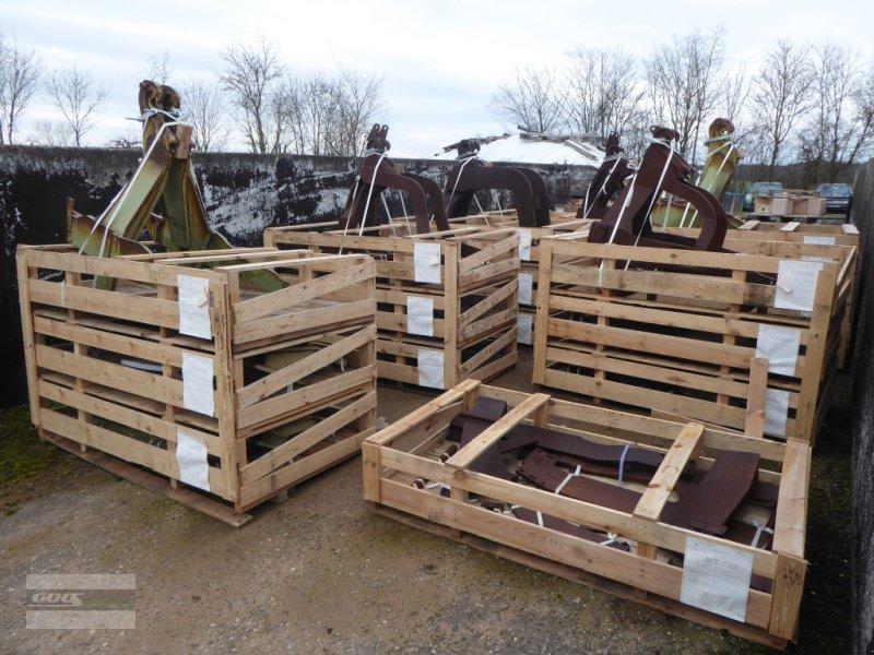 Frontladeranbaukonsole des Typs Stoll Diverse Frontladerkonsolen abgelagert! Siehe Liste, Gebrauchtmaschine in Langenzenn (Bild 1)