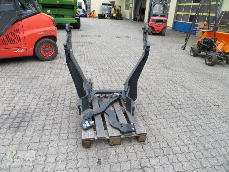 Frontladeranbaukonsole des Typs Stoll Frontladerkonsole zum Deutz 6165, Neumaschine in Markt Schwaben (Bild 1)