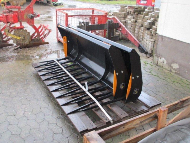 Frontladerzubehör типа Alö Verschiedene Frontladerwerkzeuge, Neumaschine в Konradsreuth (Фотография 8)