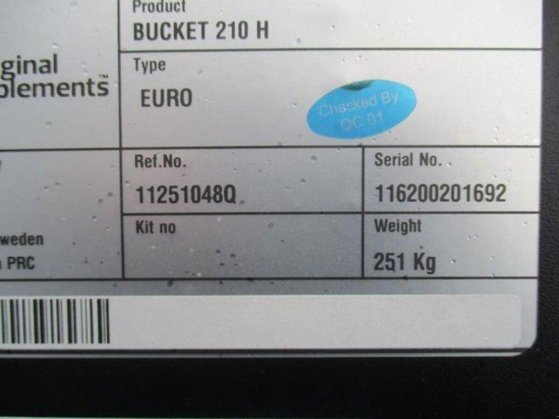 Frontladerzubehör des Typs Baas UNIVERSALSCHAUFEL 210 H EURO, Neumaschine in Brakel (Bild 5)