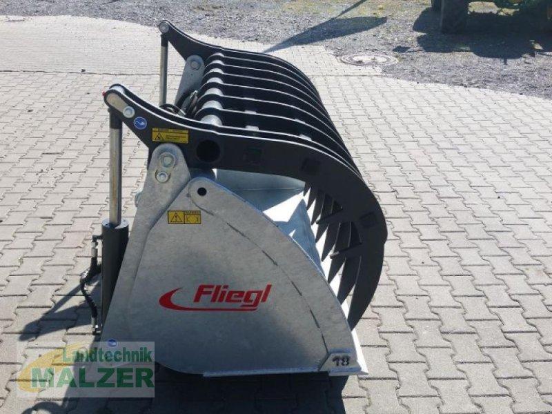 Frontladerzubehör des Typs Fliegl Silogreifschaufel, Neumaschine in Mitterteich (Bild 4)