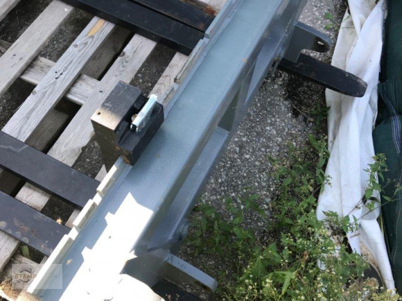 Frontladerzubehör des Typs Inter Tech Palettengabel, Neumaschine in Esternberg (Bild 1)