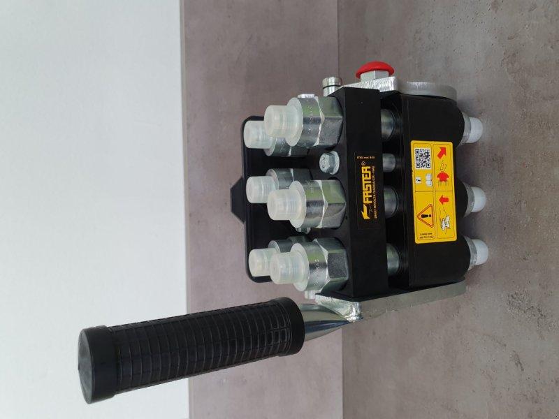 Frontladerzubehör типа Kubota Multikuppler M4072-M7060-M6040, Neumaschine в Olpe (Фотография 4)