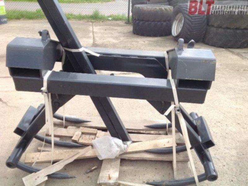 Frontladerzubehör типа Stoll MAXI-BALLENKRALLE, Ausstellungsmaschine в Rhinow (Фотография 1)