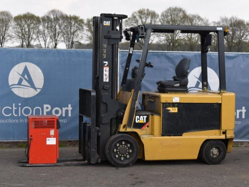 Frontstapler типа Caterpillar EC40N, Gebrauchtmaschine в Antwerpen (Фотография 1)